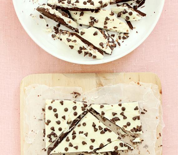 Chocolate-Chip-Cookie-Dough-Bark