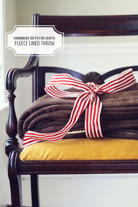 DIY+Fleece+Blanket