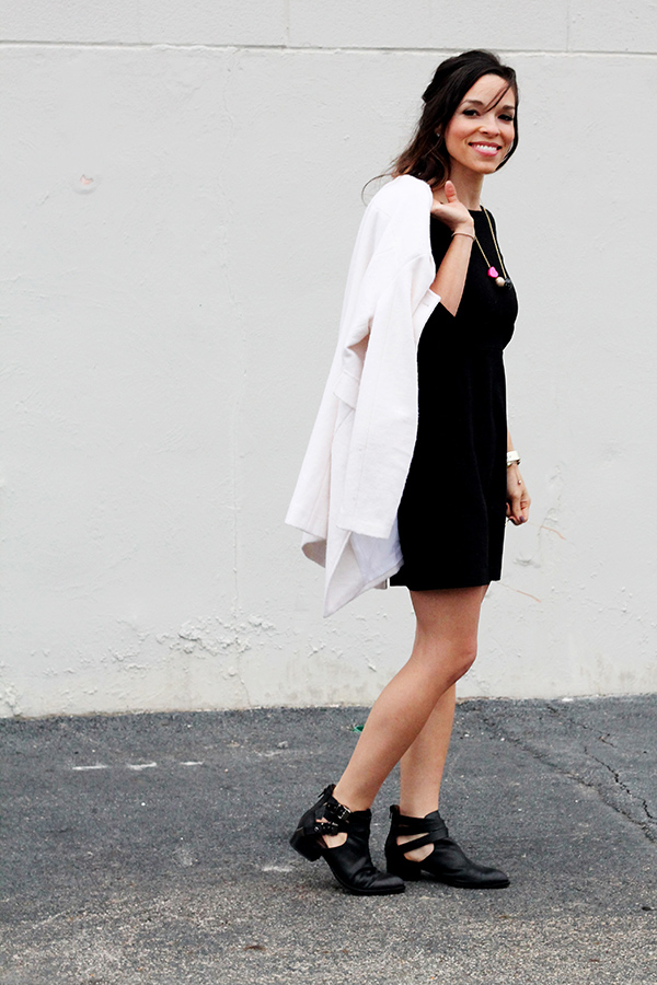 Black Shift Dress | IHOD