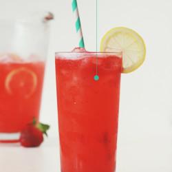 Roasted Strawberry Lemonade - Stir & Scribble for IHOD