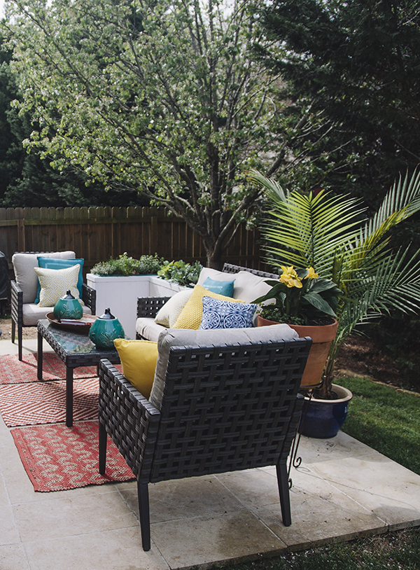 Outdoor patio | IHOD | Chelsey Heidorn Photography