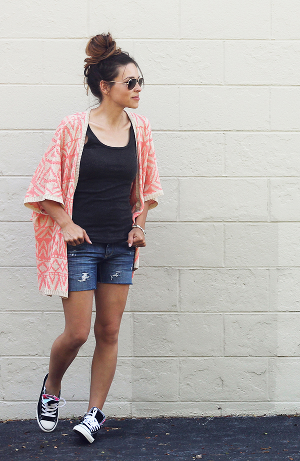 DIY Distressed Denim Shorts} IHOD