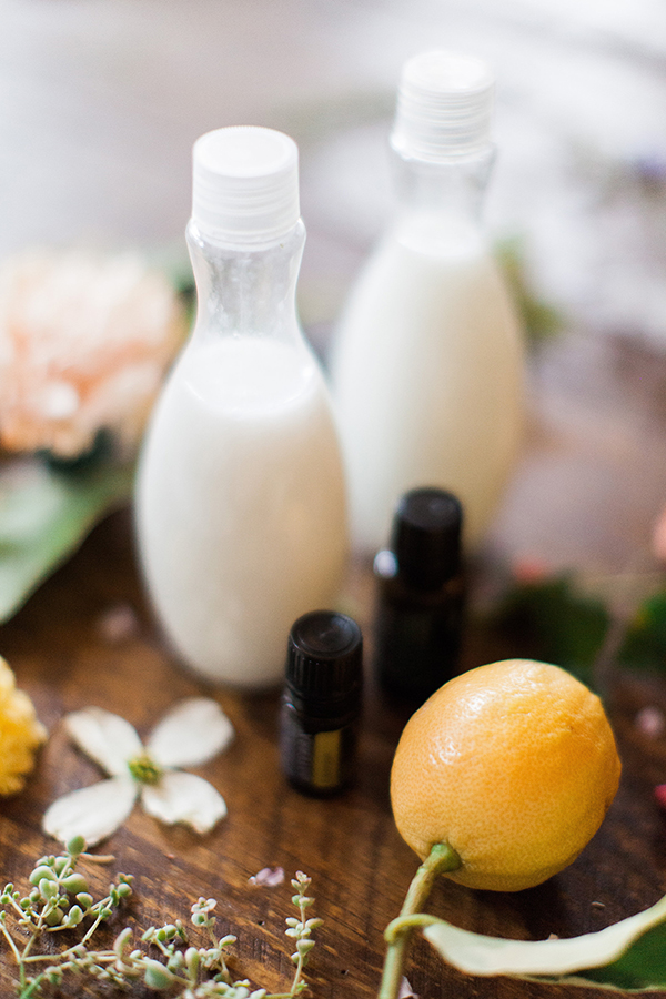 Make your own essential oil laundry detergent!