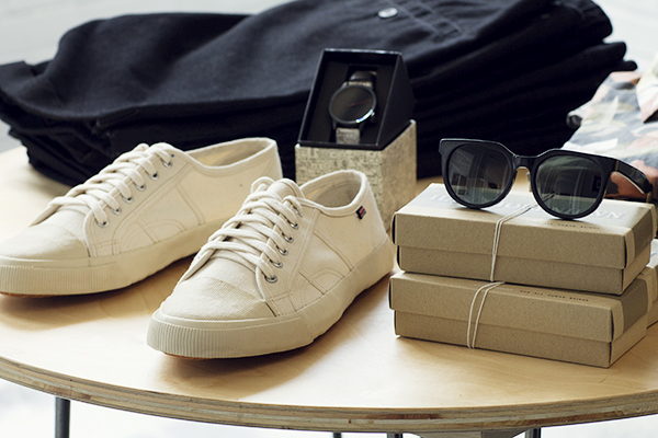 tennies and sunnies