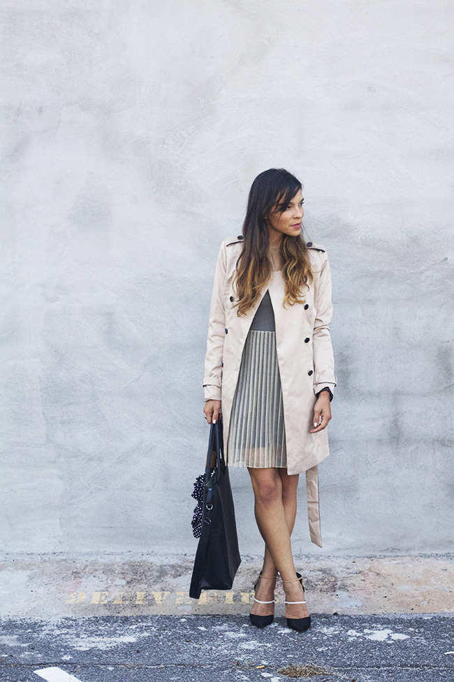 Trench Coat | Pleated Dress | Colorblock Pumps