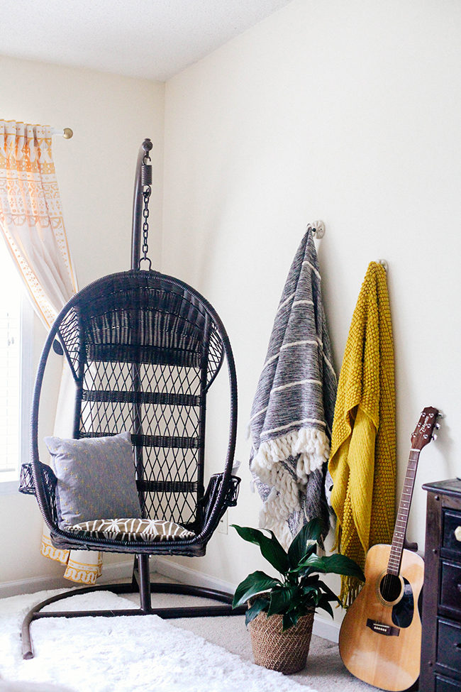 Reading nook | In Honor of Design