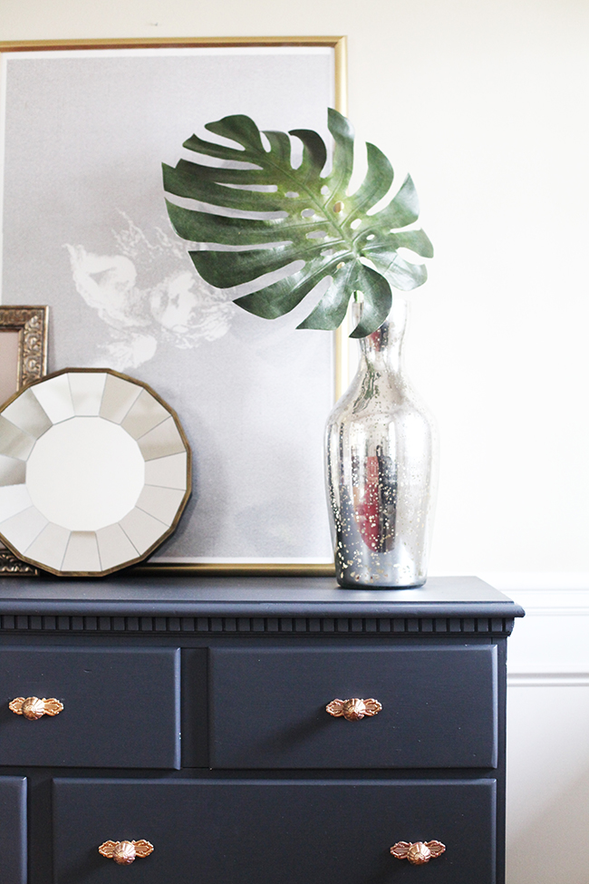 In Honor of Design} Entryway table
