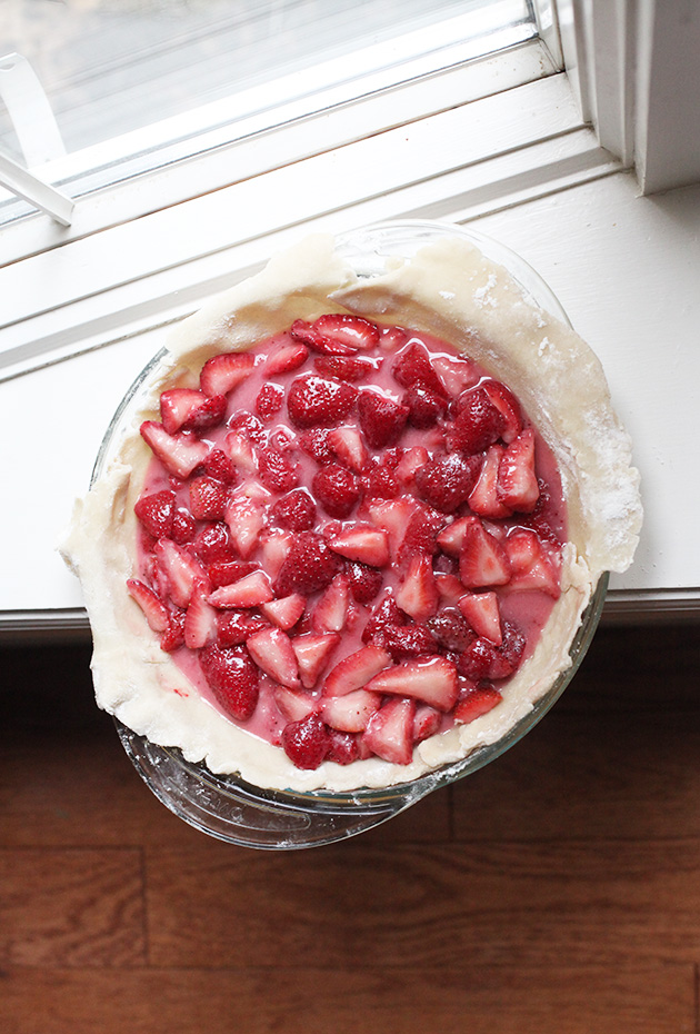 3 ingredient strawberry pie