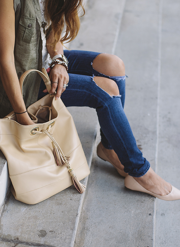 Destroyed denim, nude flats