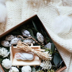 Advent box // The Giving Manger