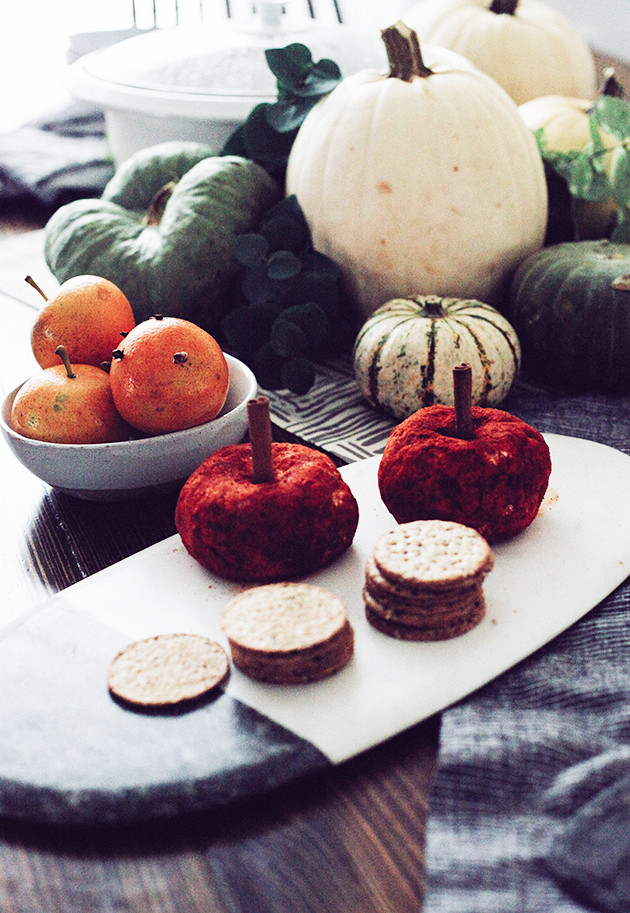 Pumpkin cheeseballs