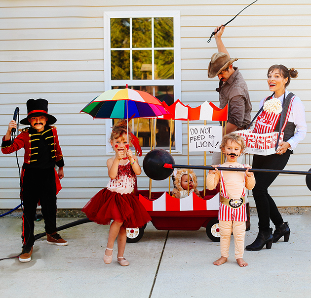 family-circus-costumes
