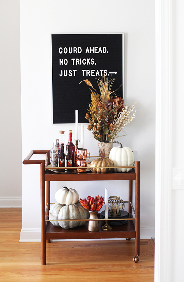 halloween-bar-cart