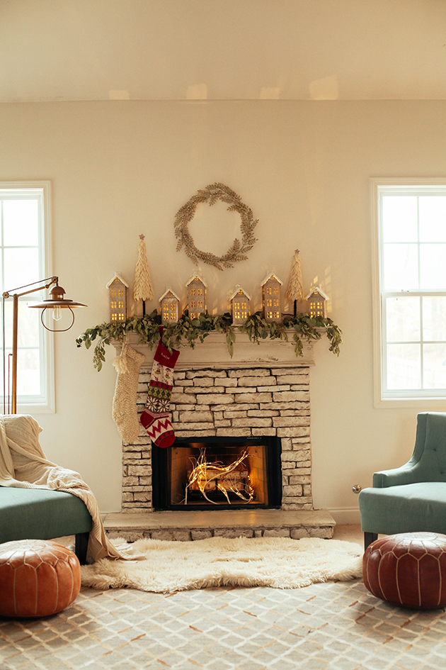 village-christmas-mantle