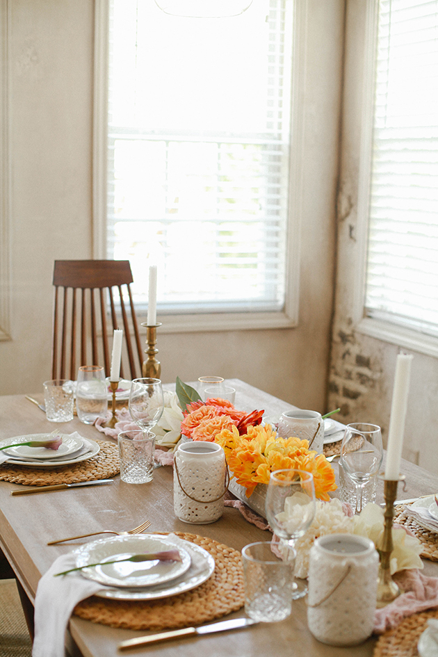 Superb Simple Easter Table Set up Gold flat wear similar for less Dinner salad plates Mini purple lilies found these at Costco Garden roses and tulips