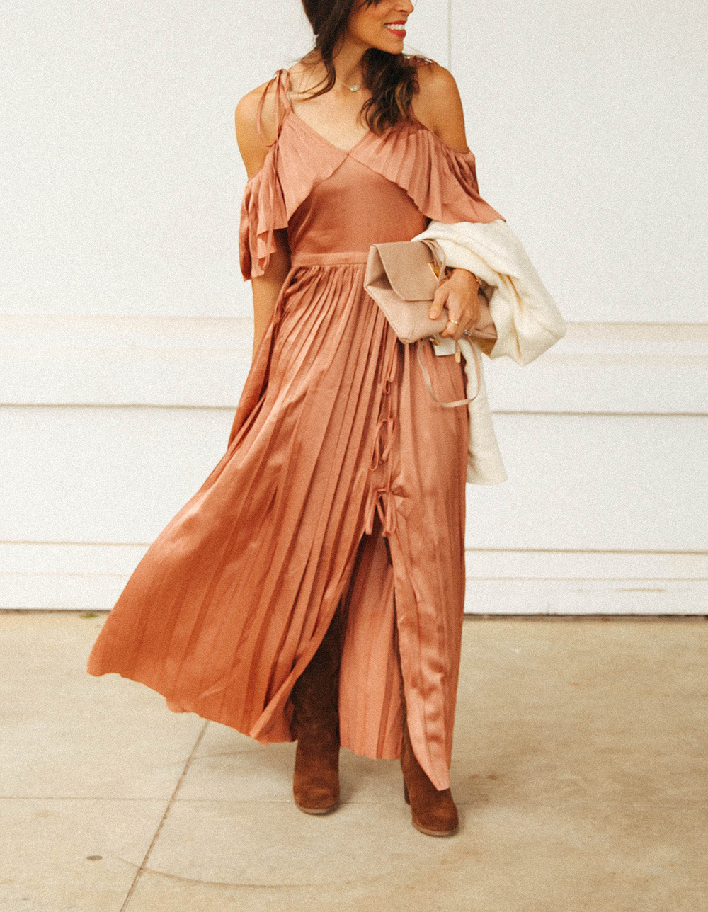 What To Wear To An October Wedding | Fall Wedding Look In Honor Of Design