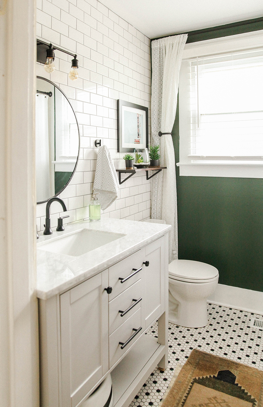 Touch Of Green Black And White Bathroom