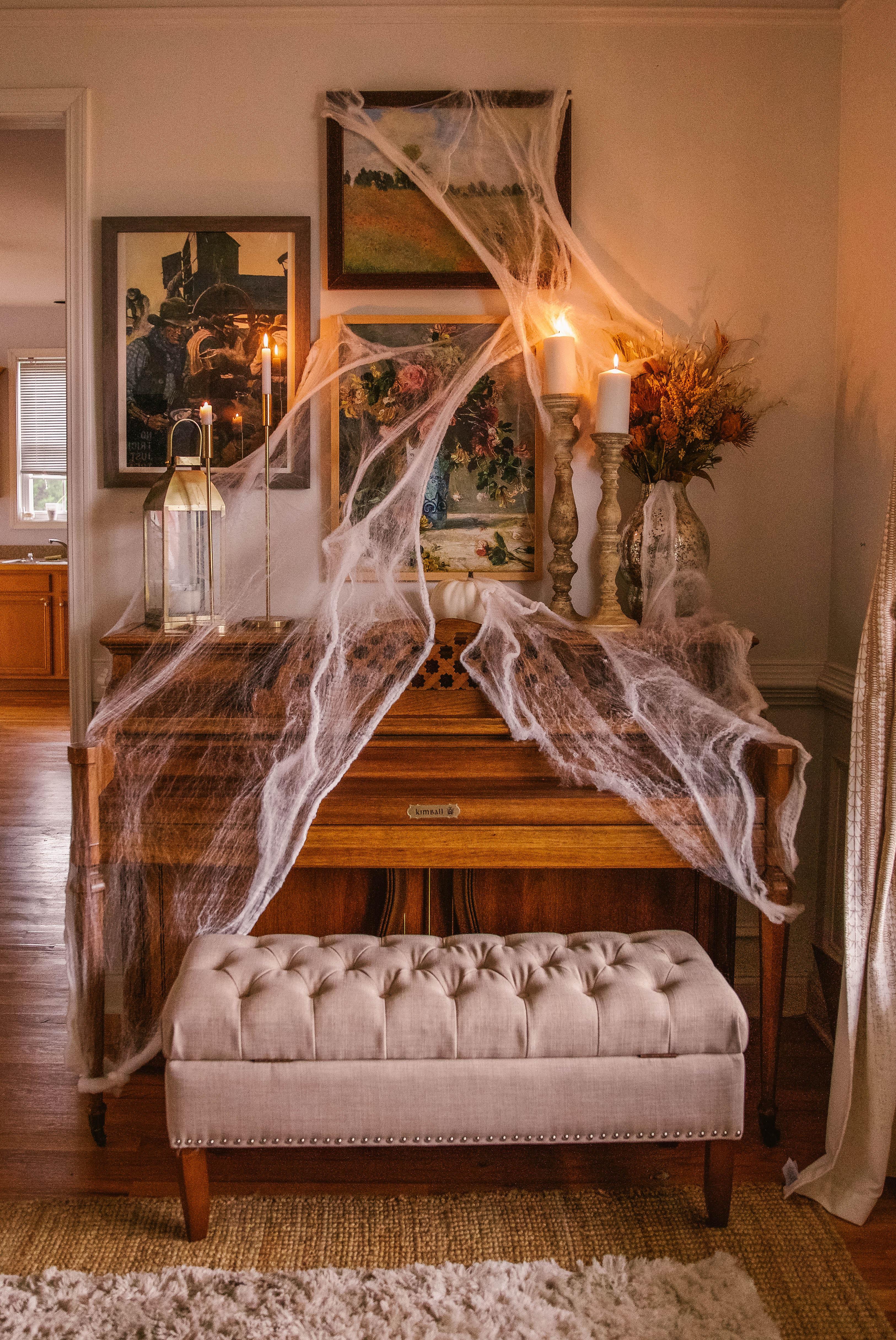 Halloween decor - haunted piano
