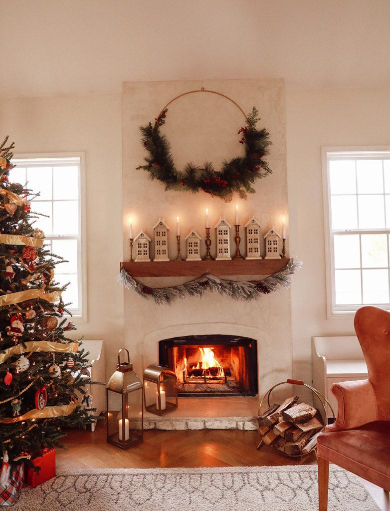 mantel decor - fireplace design - IHOD