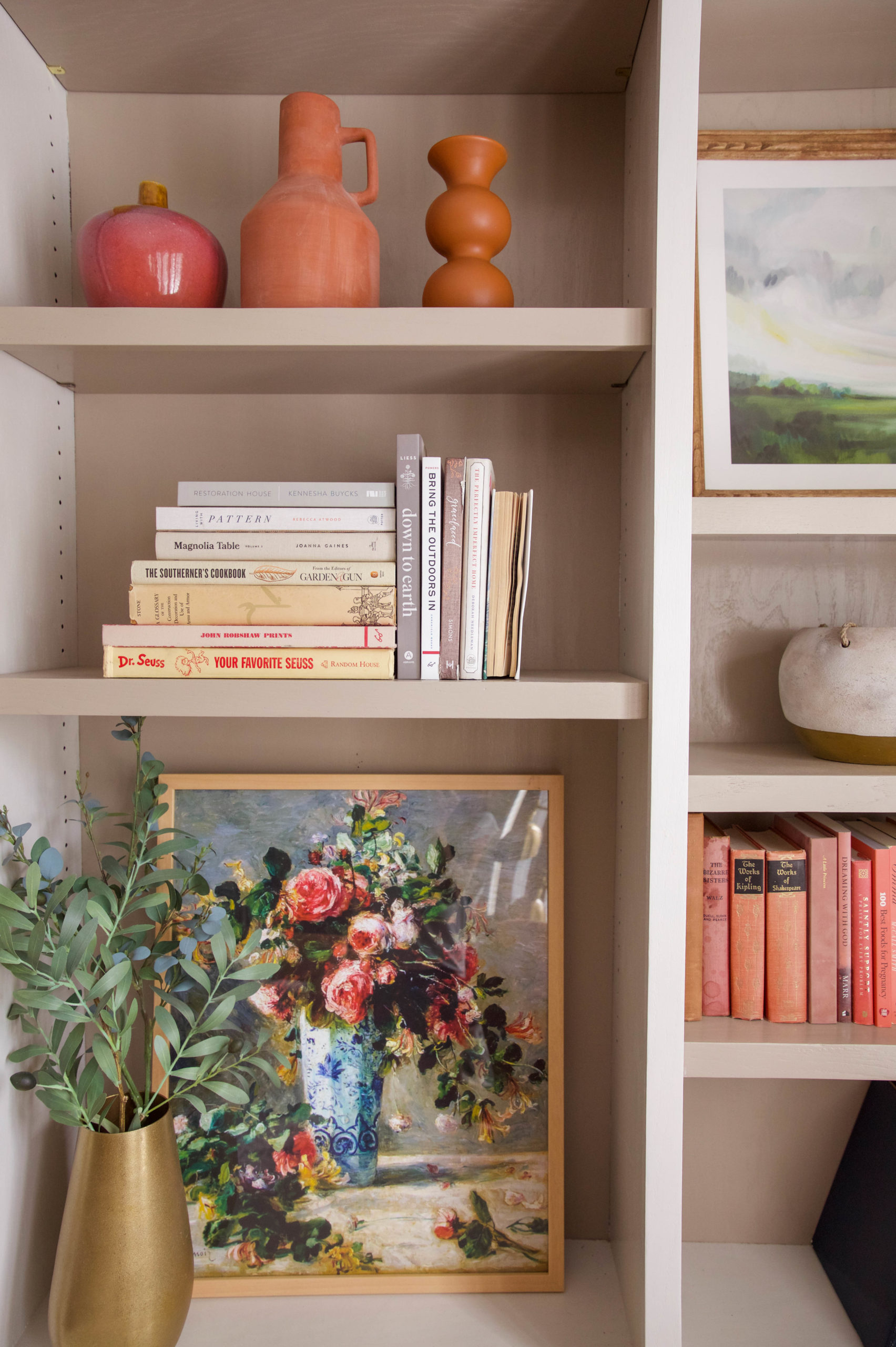 How to style open bookshelves