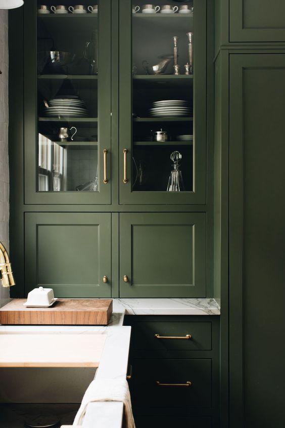green kitchen cabinet design