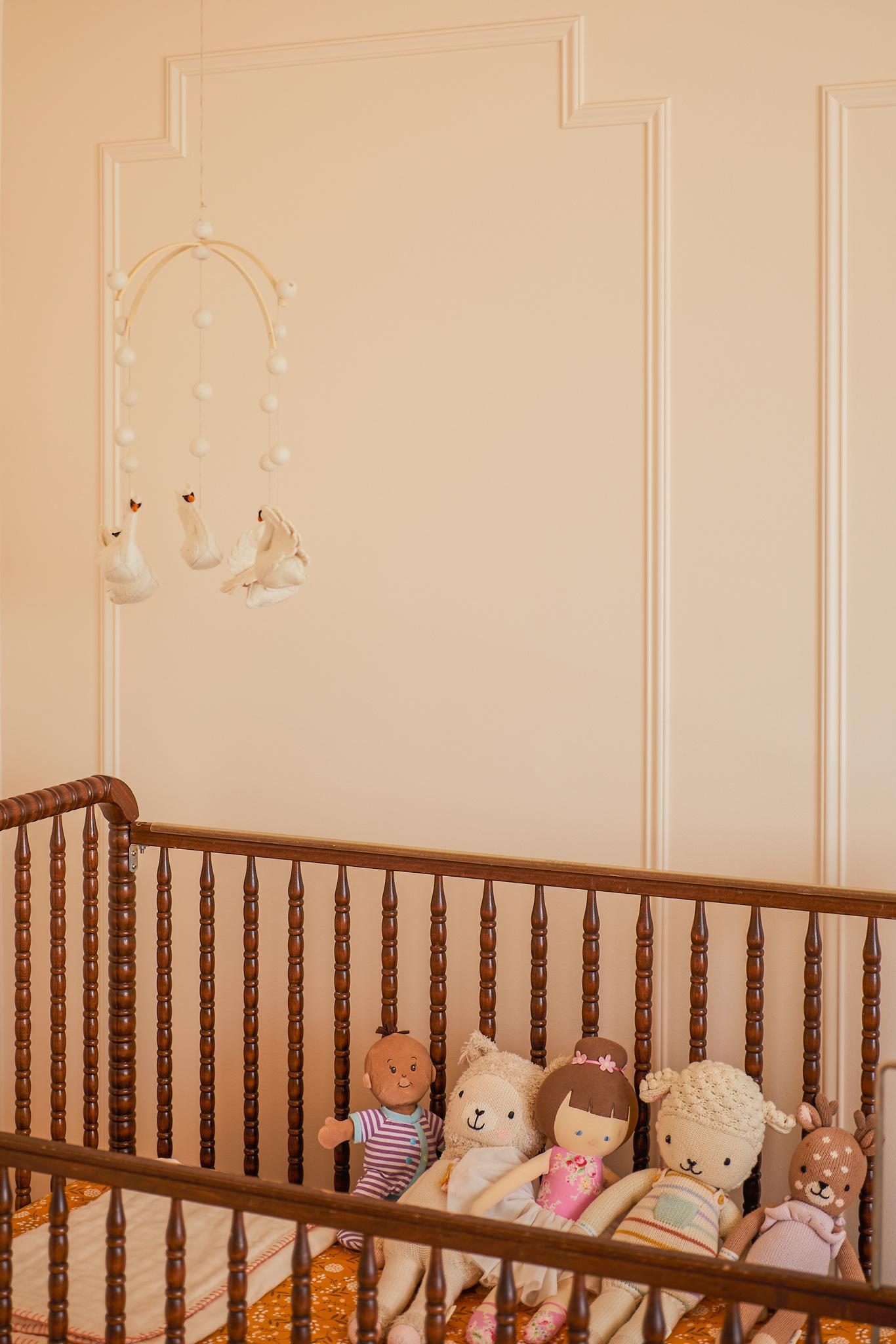 Jenny Lind vintage crib