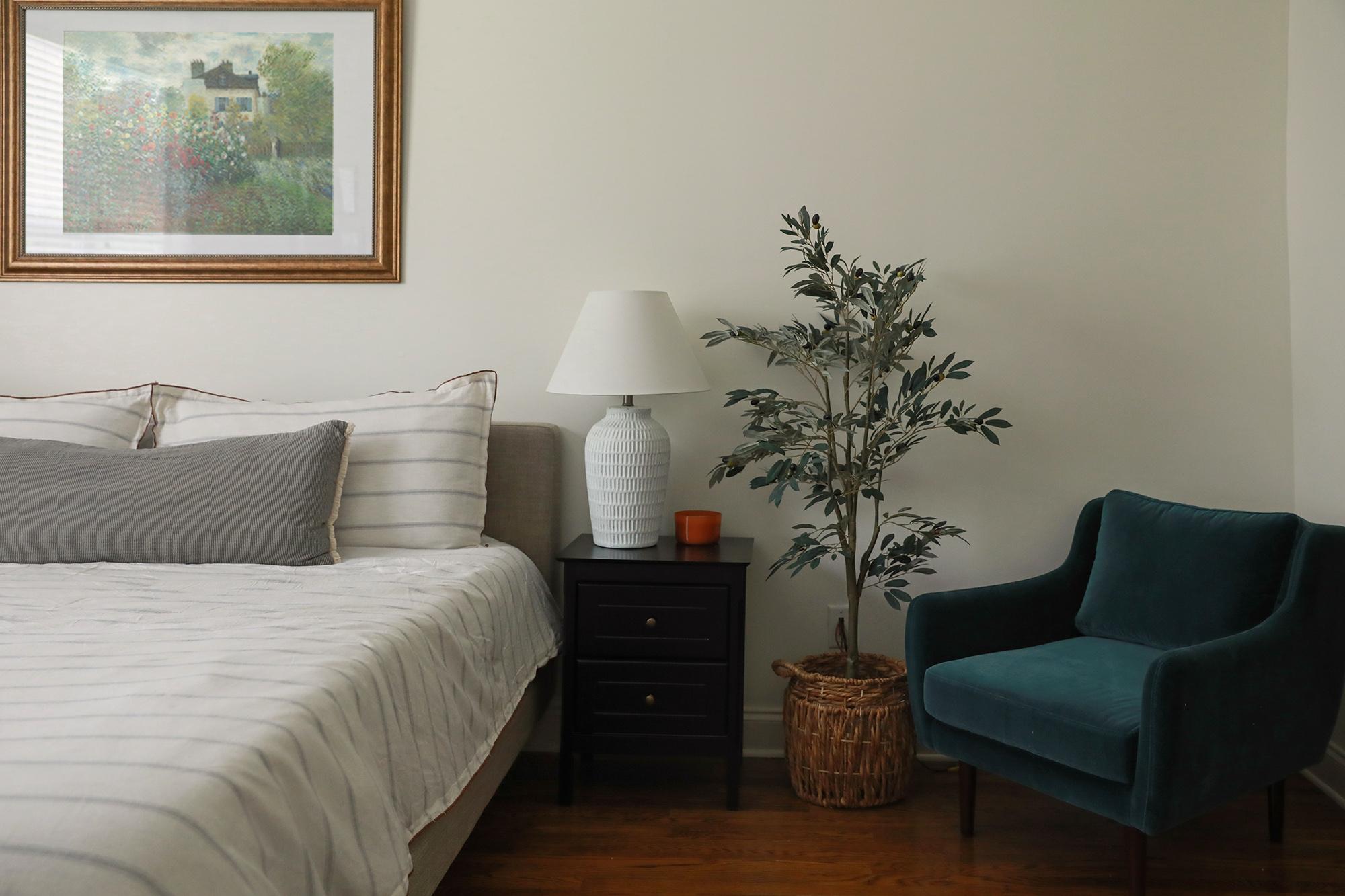 article matrix chair - bedroom decor
