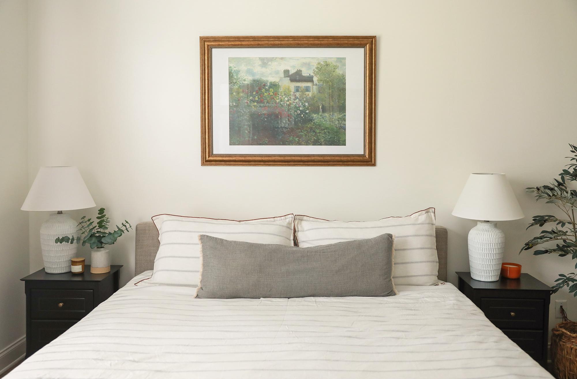 king size bed - striped duvet