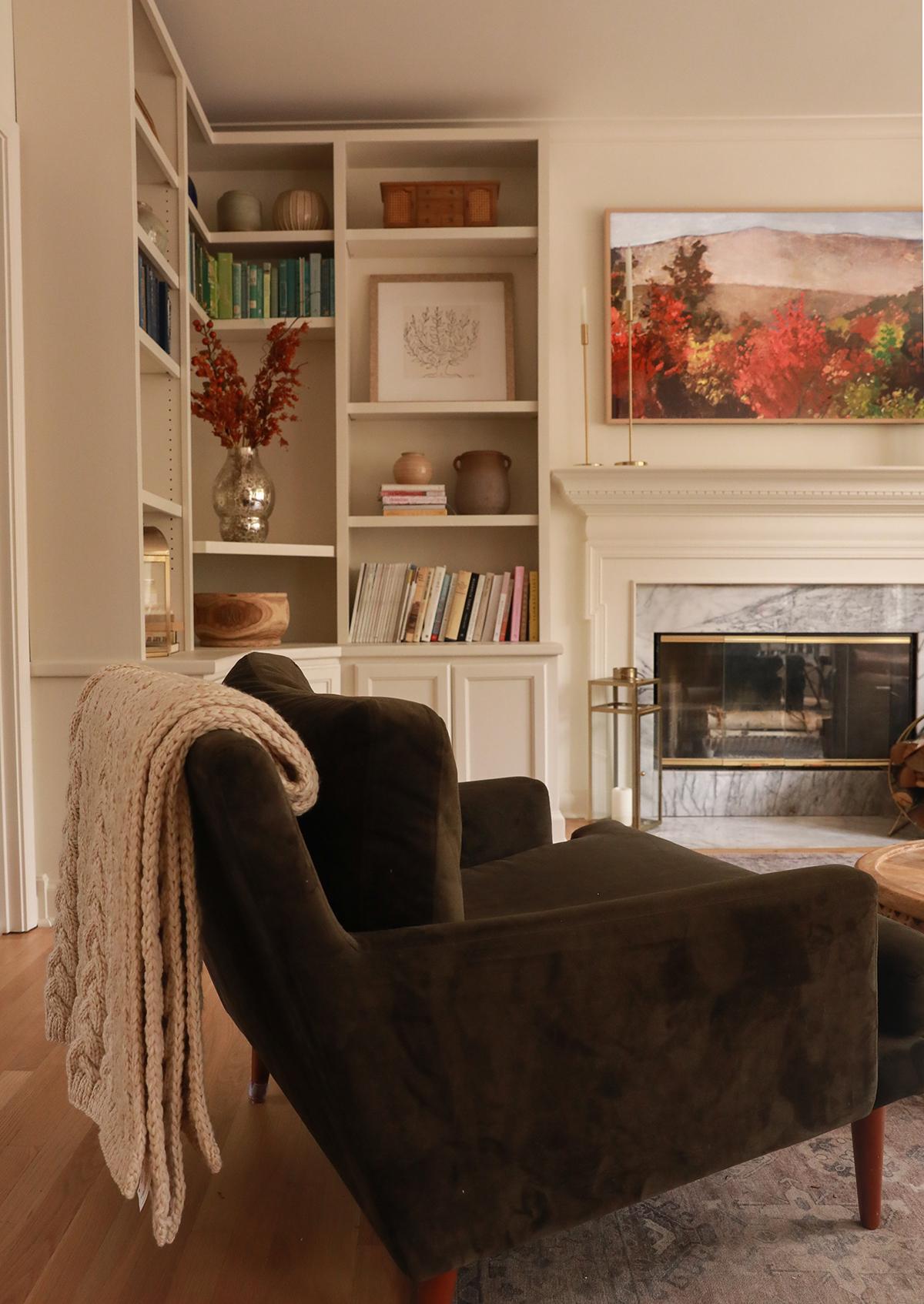 living room design - fall decor